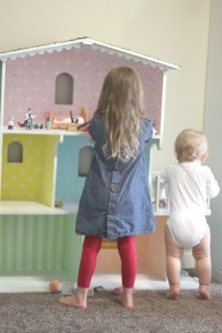 dollhouse-laurel-and-ollie3